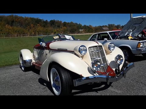David and Kenya's Glenn Pray 866 Speedster Auburn Continuation At the Oct Chariots Of Fire Car Show