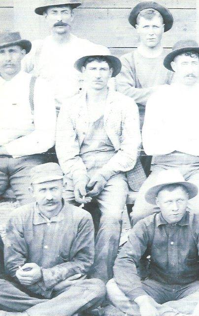 Henry Drysdale  in center