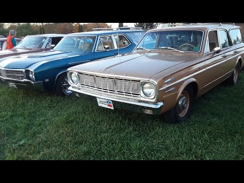 Station Wagons At the Oct 2020 Motor Menders Friday Night Cruise