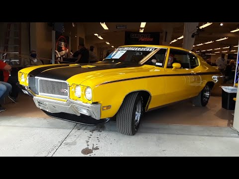 2020 Fall Carlisle Auction Video 1 '70 Buick GSX, '56 Packard 400 and '52 GMC Suburban