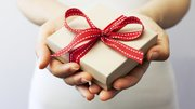 Xmas New Year gifts exch…