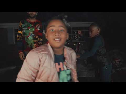 [Video] Elektrohorse 'Po Folk X-Mas'