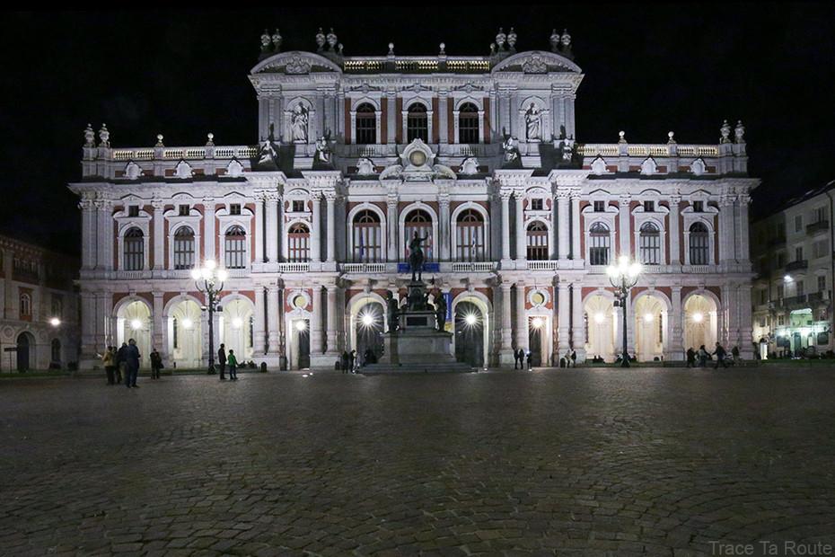 義大利都靈:尼采1889年發瘋的Carlo Alberto廣場