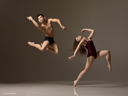 Lois Greenfield:Gravitate Towards the Light
