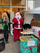 Melanie Masson & Santa