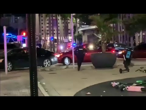 Police respond to shots fired, chaos outside Bayside Marketplace on Christmas night