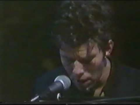 Tom Waits - Silent Night & Christmas Card From A Hooker In Minneapolis