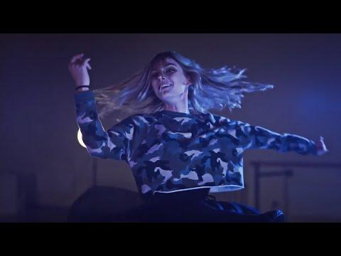 Dance To The Light (with lyrics)