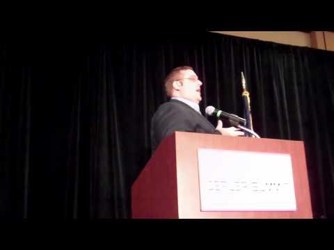 Joe Webb speaking at the Innovative Dealer Summit