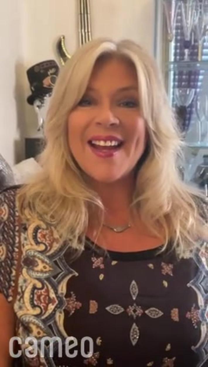 SAMANTHA FOX rocks her large fan base at COSTA RICA'S CALL CENTER.