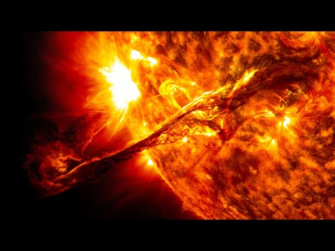 IN 774 AD, THE SUN BLASTED EARTH WITH THE BIGGEST STORM IN 10,000 YEARS - IT WILL HAPPEN AGAIN SOON