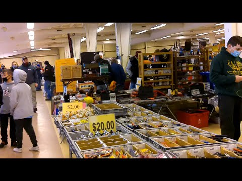 Swap Meet Safari with Pam Auto Mania, Carlisle PA Iron On the Inside Video 8