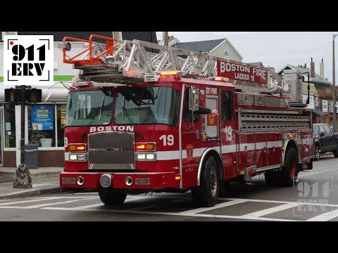 Boston Fire Ladder 19 Responding