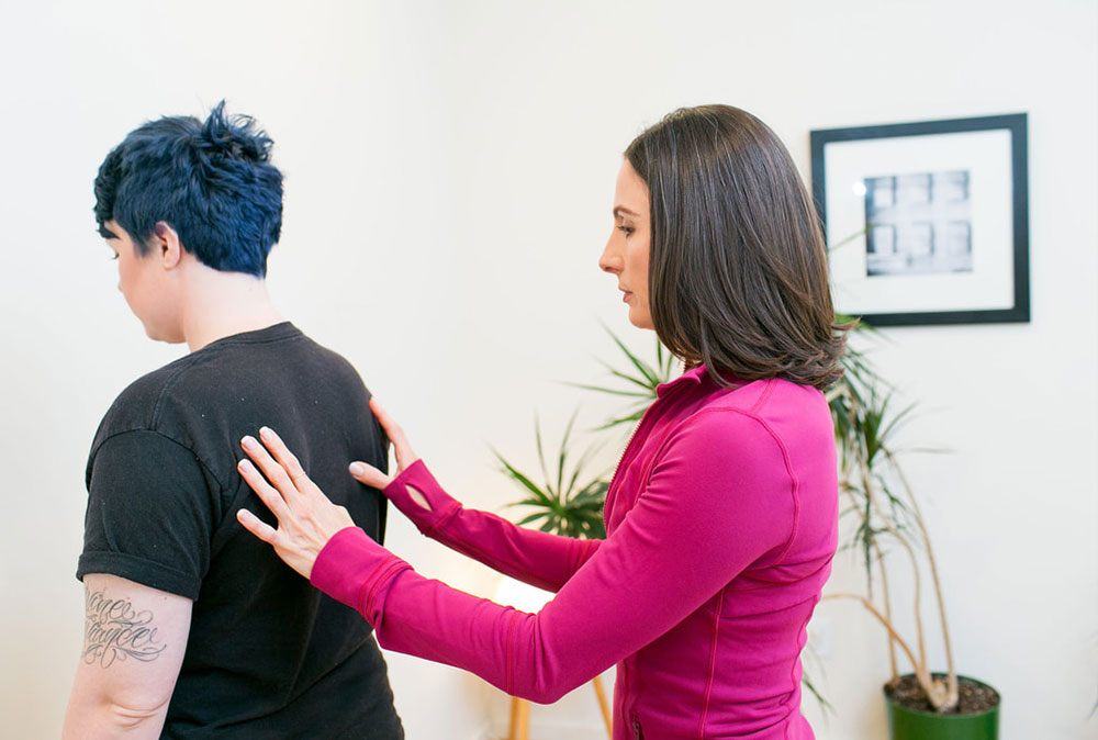 Back pain treatment in queens