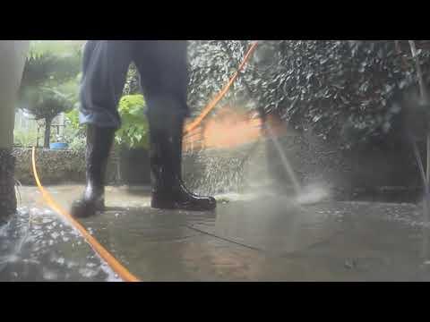 dirty sidewalk wash