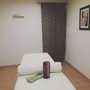 photo salle de massage table