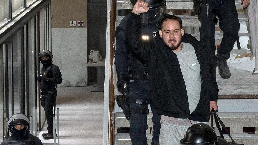 Segundo día de protestas tras la polémica detención del rapero