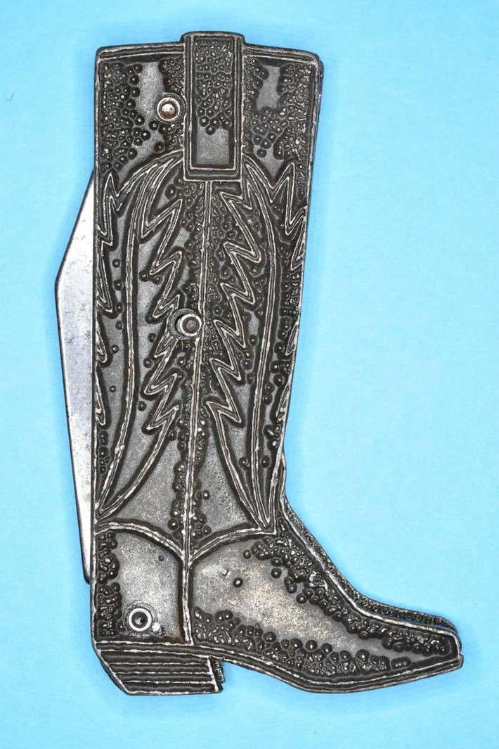Colonial Knife Providence RI Figural  Knife RinglighTest