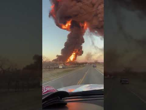 Explosion Fills Texas Sky After Train Carrying Fuel Collides With 18-Wheeler
