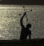 Seaside Juggler