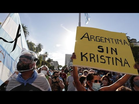 Thousands of Argentinians take to streets to protest 'VIP vaccinations' scandal