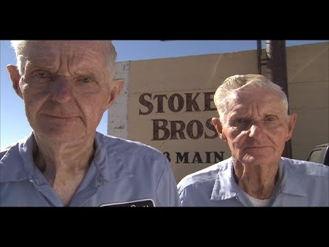83 Year Old Twin Mechanics (Texas Country Reporter)