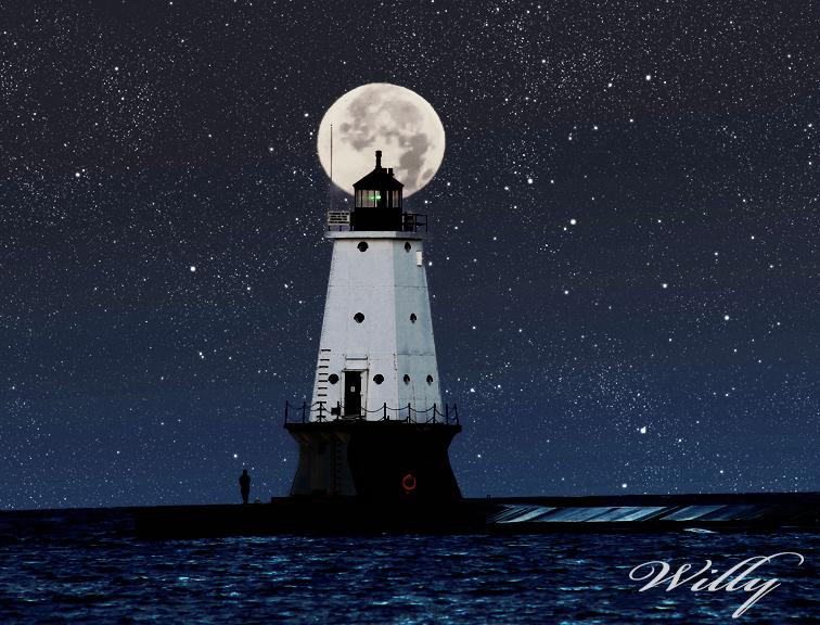 Ludington lighthouse and moon