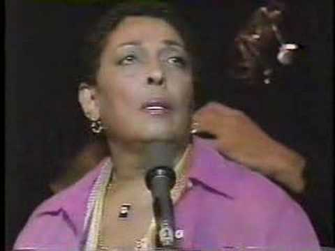 "CARMEN MCRAE sings ""I'm Glad There is You"" 1979"