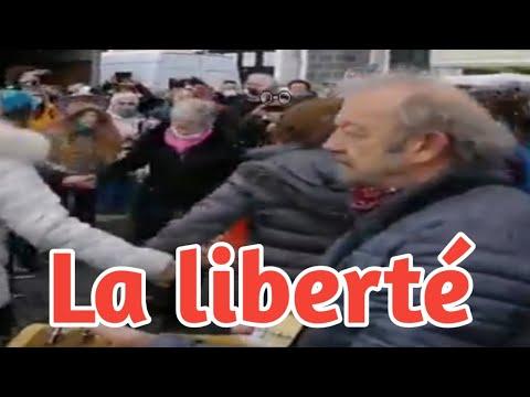 Riom 63 (13/03/2021) : Danser pour la liberté et la vie .