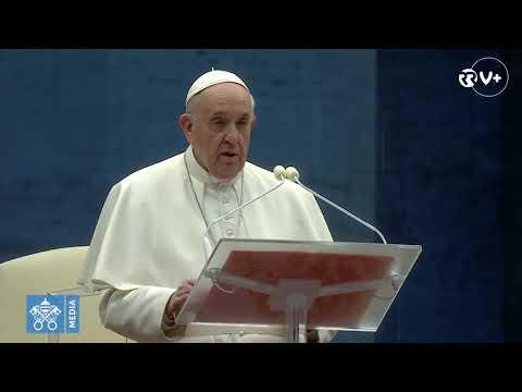 """Papa reza pelo fim da pandemia de coronavírus. """"Estamos todos neste barco. Ninguém se salva sozinho"""""""