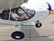 Short take-off in the STOL CH 750 Super Duty