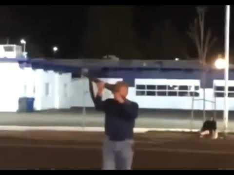 White Man Fires Shotgun Outside Salem PD! Isn't Shot Or Tased...