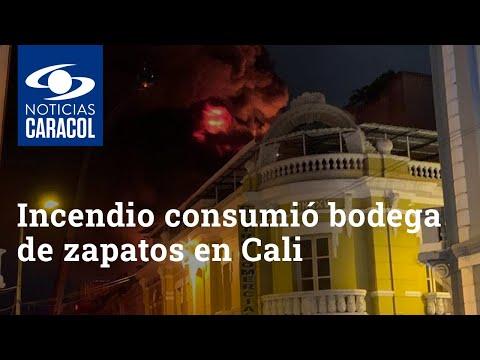 INCENDIO EN DEPOSITO DE ZAPATOS EN PLKANTA SUPERIOR DE UN EDIFICIO - CALI EN COLOMBIA