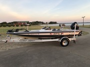 Bumble Bee Rigged Out with New Minn Kota........