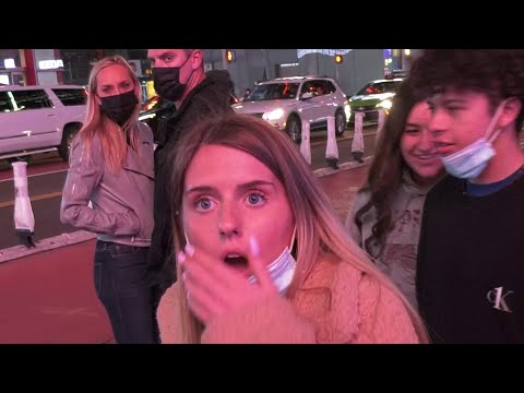 3 Tourists Shot at Times Square / Witness Interview, Tourist Reactions