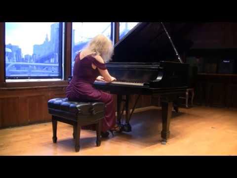 Sophia Agranoivch plays Liszt: Sonetto del Petrarca 104 at Bargemusic