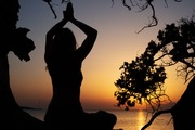 Yoga with Sasy Chasomeri