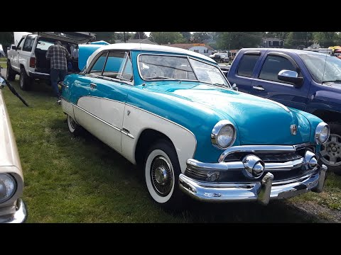 Classic Car Shopping in the 2021 Ford Nationals, Carlisle PA
