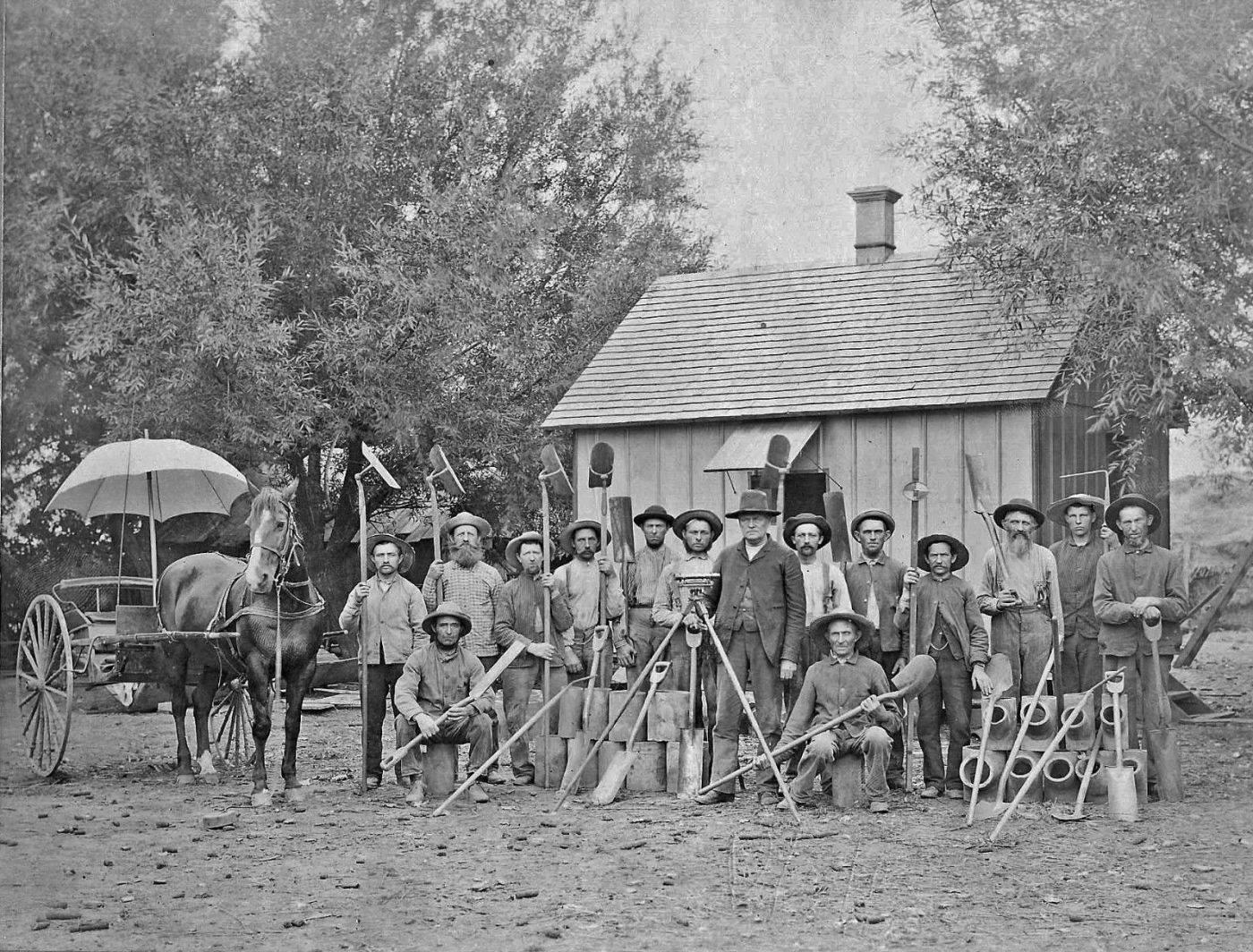 Land Surveyors United Community