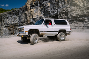 1990 GMC Jimmy getting some dirt