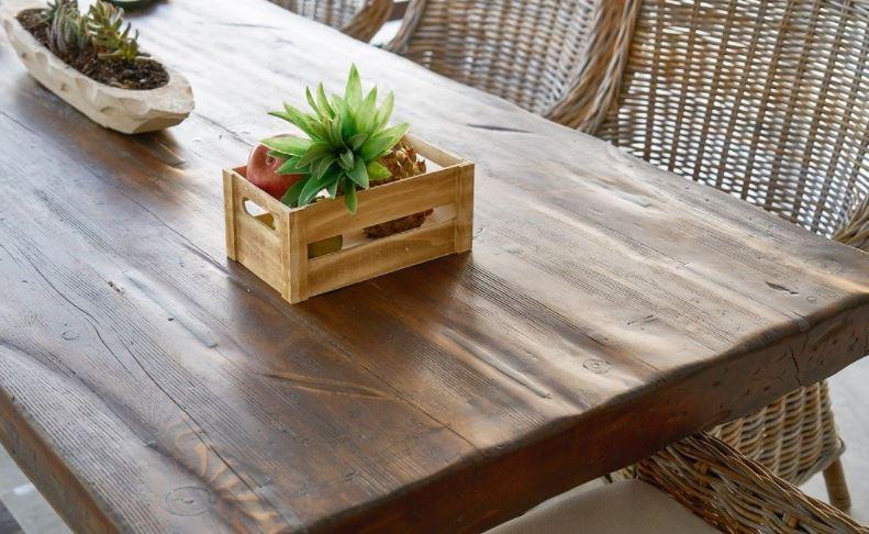 5 Jenis Kayu yang Cocok Dibuat Furnitur