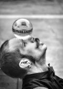 la vita in una sfera di cristallo.....