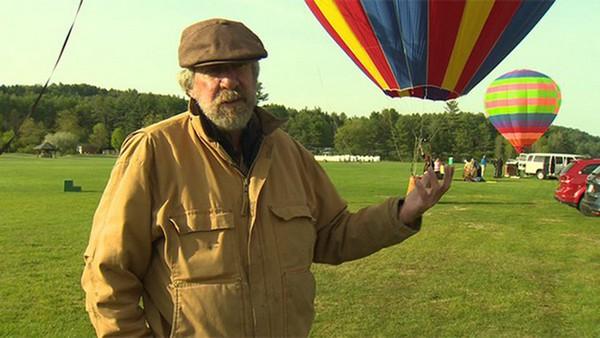 Le pilote tombe de la montgolfière : les passagers se retrouvent seuls à bord