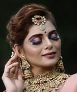 Fashion & Celebrities Makeup Artist
