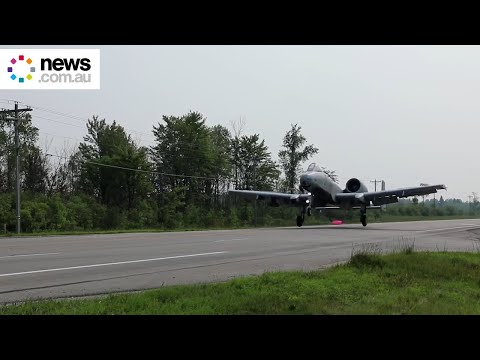 US Air Force jets land on Michigan Highway in training exercise