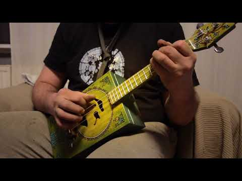 3 string ukulele - concert scale
