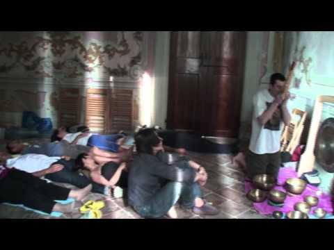 Bagno Armonico: massaggio sonoro con campane tibetane nella Villa (singing bowls)