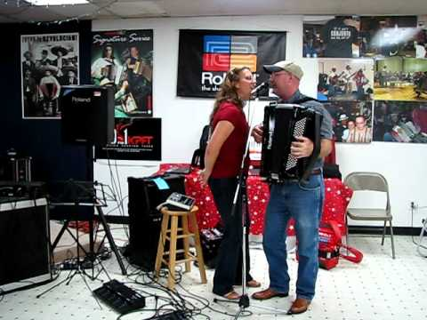 Valina & Ross Entertain at the Roland Workshop Aug 2,  2011