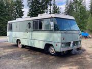 1972 Superior Coach 2500