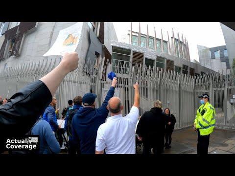 People outside the Scottish Parliament during vaccine passport vote | EDINBURGH | 9th September 2021
